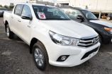 Toyota Hilux Pick Up. БЕЛЫЙ (040)