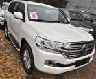 Toyota Land Cruiser. БЕЛЫЙ ПЕРЛАМУТР (070)